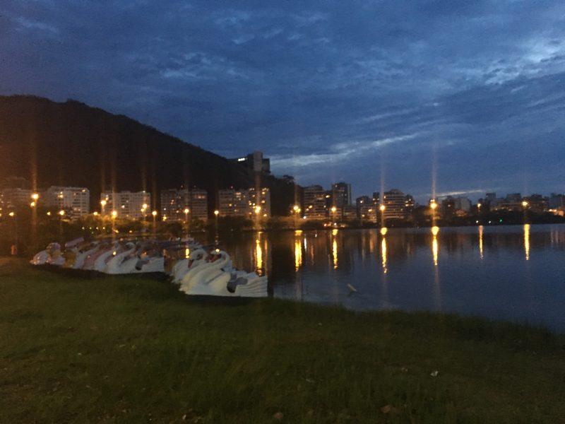 Os pedalinhos ainda existem, e são a prova de que é possível navegar na Lagoa! (Fonte: BRANA)