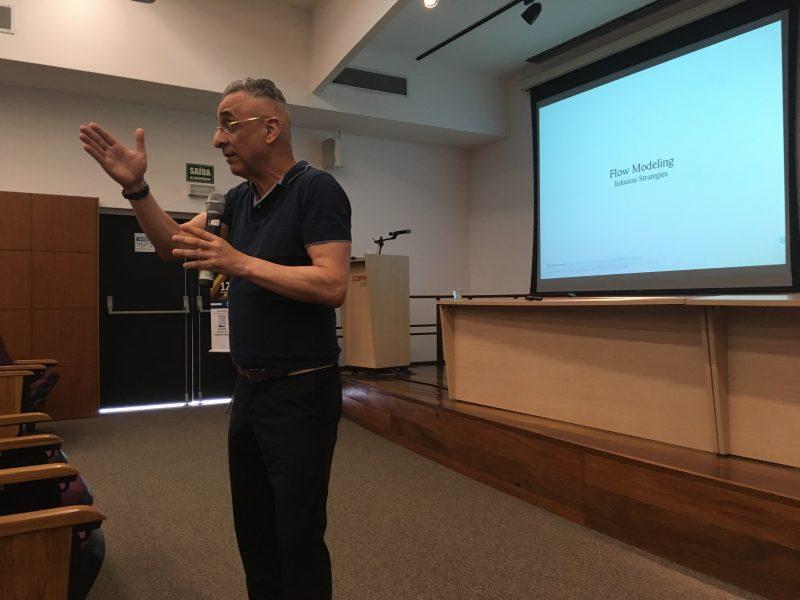 Jorge Nasseh, o CEO da Barracuda Composites e vice presidente da ACOBAR também prestigiou o evento com uma palestra. (Fonte: BRANA)